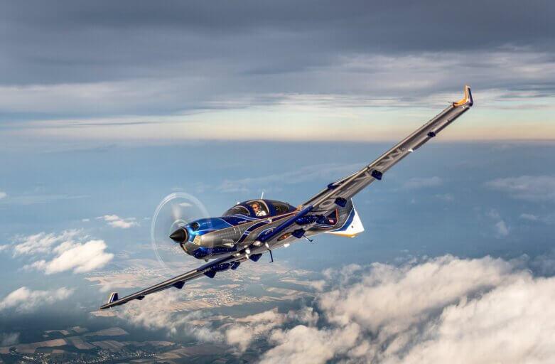 Wings over Holland verkoopt eerste DA50 RG ter wereld